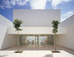 The Casa Guerrero by Estudio Campo Baeza. Beautiful, simple architecture.