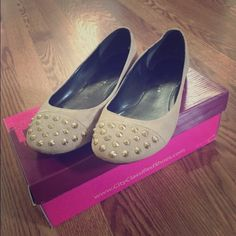Women's flats Embellished flats just in time for spring! Shoes Flats & Loafers
