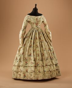 Early 1840s dress. Moscow City Museum exhibition Fashion in the mirror of history: 200 years of fashion