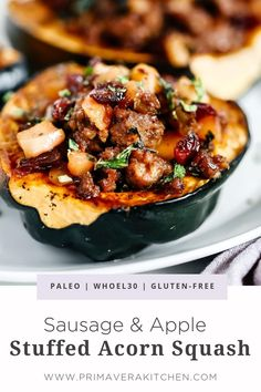 Sausage and Apple Stuffed Acorn Squash Stuffed acorn squash is a great way to appreciate the abundance of fall. This complete meal is stuffed with Italian sausage, kale and sweet apples. It's paleo, healthy and delicious. Fall Dinner Recipes, Paleo Dinner, Sugar Free Recipes Dinner, Paleo Menu, Paleo Pizza, Diet Menu, Sausage Stuffed Acorn Squash, Stuffed Squash Recipes, Low Calorie Vegetables