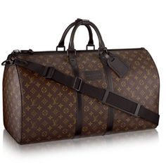 Discover Louis Vuitton Waterproof Keepall All you would expect from the iconic Louis Vuitton Keepall bag in Monogram canvas with the extra benefit of being completely waterproof. Combines style and practicality for all travel needs. Louis Vuitton Keepall 55, Louis Vuitton Rucksack, Mochila Louis Vuitton, Louis Vuitton Mens Bag, Louis Vuitton Homme, Louis Vuitton Luggage, Louis Vuitton Handbags, Louis Vuitton Monogram, Accessoires Louis Vuitton
