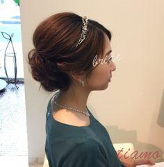 上品シニヨンから華やかハーフダウンへ♡リハ篇 | 大人可愛いブライダルヘアメイク 『tiamo』 の結婚カタログ