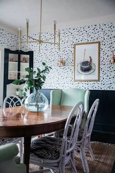 Alluring dining room wall decor ideas 01 00019 — dreamalittlemore.com