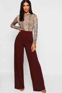 Trousers Women Outfit, Pants For Women, Clothes For Women, Womens Work Pants, Ladies Pants, Classy Outfits, Chic Outfits, Fashion Outfits, Classy Business Outfits