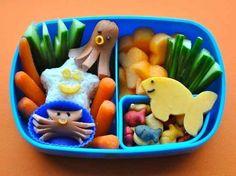 Ocean Themed Bento   25 Adorable Bento Boxes You Wish Your Mom Made