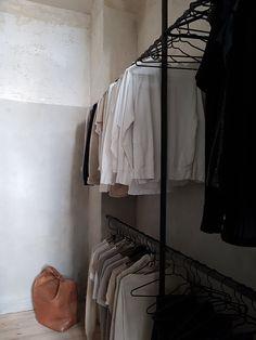 vosgesparis: A raw and minimalistic apartment | Frama Studio apartment