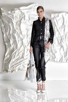 DANIELA DALLAVALLE - #danieladallavalle #collection #fw17 #elisacavaletti #woman #chick #fashion #details #detailsmatter #art #highheels #jeans #shirt #purse #gloves #frills #texture #scarf #blazer