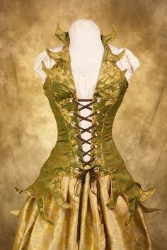 Farb-und Stilberatung mit www.farben-reich.com - Poison Ivy Corset and Skirt by Damsel in this Dress