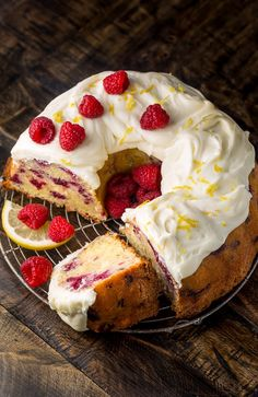 Moist and sunshiny sweet this Lemon Raspberry Bundt Cake is so perfect for Easter or Mother's Day brunch! Loaded with fresh lemon zest lemon juice and raspberries this cake is loaded with flavor. Perfect for breakfast brunch or dessert! Raspberry Recipes, Raspberry Cake, Raspberry Breakfast, Cake For Breakfast, Just Desserts, Delicious Desserts, Yummy Food, Mothers Day Desserts, Food Cakes