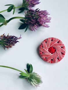 Dorset button in red/rose with a lovely windmill-patterned design. More on my etsy page! Dorset Buttons, Jewelry Accessories, Unique Jewelry, Web Instagram, Windmill, Red Roses, Something To Do, Etsy Seller, Jewelry Making