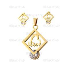juego colgante y aretes de letra love con cristal en acero dorado inoxidable -SSSTG1074297