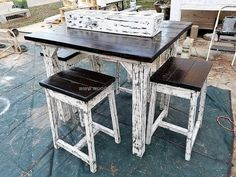 This idea is not time consuming because the pallets don't need cutting in a unique shape, they come in long rectangle shape and they can be used as they are. The reclaimed wood pallet table with stools idea just needs cutting the pallets into small size for the stool seating area creation.