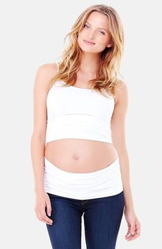 Wear your favorite pre-pregnancy pants longer with the Everyday Bellaband from Ingrid & Isabel. Simply wear over unbuttoned pants and its stay-put silicone strip holds the band firmly in place. Works from early pregnancy to after baby arrives. Maternity Shops, Maternity Pants, Maternity Wear, Maternity Fashion, Pregnancy Fashion, Maternity Clothing, 2 Months Pregnant, Pregnant Tips, Pregnant Clothes