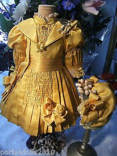 Most beautiful antique French doll dress and hat!
