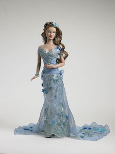 Azure Blue Layne  FAO Schwarz Exclusive (Tonner) Gasp! Maybe the most stunning ever (mmm have I said that already?) ;)