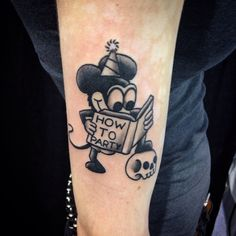 Old School Mickey by Mike Attack. Old Tattoos, Funny Tattoos, Life Tattoos, Black Tattoos, Small Tattoos, Sleeve Tattoos, Tattoos For Guys, Tatoos, Trendy Tattoos
