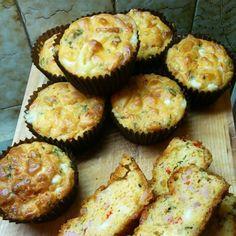 Κέικ  αλμυρό Cup Cakes, Breads, Muffins, Recipies, Brunch, Greek, Snacks, Cooking, Breakfast