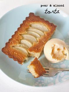 pear & almond torta
