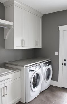 Laundry Room Countertop, Laundry Room Shelves, Laundry Room Organization, Room Closet, Closet Doors, Laundry Solutions, Apartment Office, House Renovations, Laundry Room Design