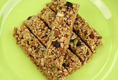 7 Nutritiously Awesome Snacks - : Image: Thinkstock http://www.fitbie.com/slideshow/7-nutritiously-awesome-snacks