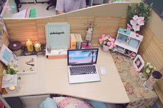 shai lagarde love chic style blogger cubicle decor beach inspired summer theme work space office interiors pinterest tumblr 5 | by lovechicph