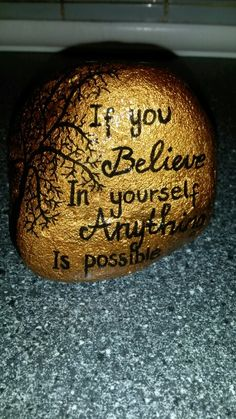 Sten med citat