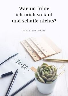 Wie du endlich schaffst, was du dir vorgenommen hast Unmotivated and without drive? This is normal and no reason to think that you are lazy. Learn how to make lasting progress and develop good habits! Good To Know, Feel Good, Good Habits, Work Life Balance, Body And Soul, Study Motivation, Drive Motivation, Fitness Motivation, Self Development