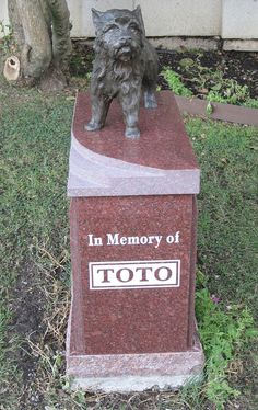 Grave Marker- TOTO Memorial, love this I think every dog should have a gravestone