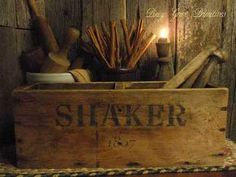 ANTIQUE PRIMITIVE WOODEN STORAGE BOX *UPCYCLED SHAKER TREEN WARE GATHERING