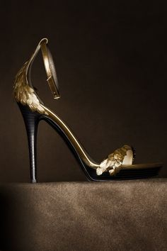 100 Gorgeous Shoes From Pinterest For S/S2014 - Style Estate - The Burberry Regent Street Collection