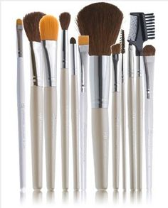 makeup brush steal: e.l.f.