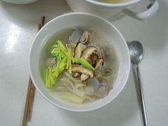 Kalguksu (Korean Knife-Noodles)