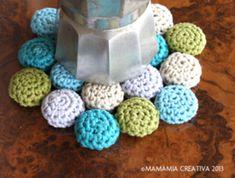 Untersetzer aus Kronkorken Crochet Necklace, Jewelry, Amelie, Crocheting, Upcycling, Bottle Caps, Coasters, Upcycling Ideas, Knitting And Crocheting