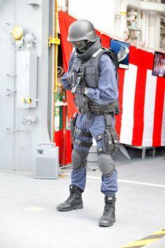Military Police, Army, Bradley Mountain, Soldiers, Guns, Backpacks, Japan, Tactical Gear, Gi Joe