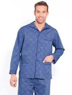 Mens Cotton Flannel Pyjamas grey print Very soft and ultra warm flannel pyjamas. 100% cotton. Buttoned jacket: turn-up effect on the sleeves and patch pockets (1 on chest, 2 at the hem). Length approx. 75 cm. Trousers with elasticated wais http://www.MightGet.com/january-2017-11/mens-cotton-flannel-pyjamas-grey-print.asp