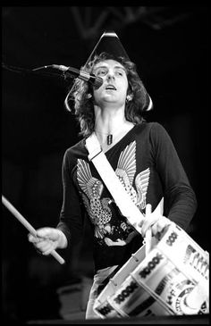 Denny Laine. Denny LaineLinda MccartneyWingsBeatlesBeautiful ... Denny Laine, Wings Over America, Wings Band, Paul Mccartney And Wings, Justin Hayward, Nights In White Satin, Moody Blues, Great Love, The Beatles