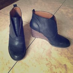Gorgeous wedge booties 3.5 in wedge Black leather Lucky Brand Shoes Wedges