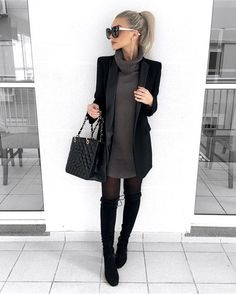 Moda Invierno 2019 Juvenil 20 Best Ideas Source by ca& Business Casual Outfits, Cute Casual Outfits, Stylish Outfits, Fall Office Outfits, Winter Office Outfit, Classy Winter Outfits, Office Outfits Women, Business Style, Winter Fashion Outfits