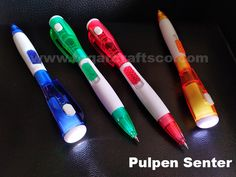 Flashlight pen, available in four colors: blue, green, red and orange