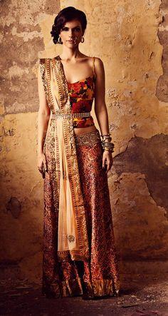 Nice, Boho/Indian look. Bohemian Rani Festive Collection 2013 by Sapana Amin Indian Fashion Trends, India Fashion, Ethnic Fashion, Asian Fashion, Anarkali, Lehenga Choli, Sarees, Sharara, Indian Attire
