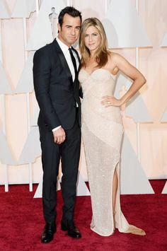 Justin Theroux & Jennifer Aniston.jpg
