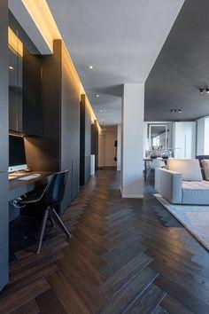 HABITATION / aménagement appartement / noir et blanc / plafond noir / parquet chevron noir / Architecture Intérieure MAYELLE / Photographie Pierre