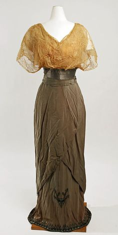 Promenadae Suit Without Jacket  --  Circa 1911  --  Callot Soeurs  --  French  --  Metropolitan Museum of Art Costume Institute