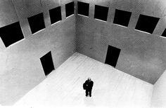 Due Recinti (deuxclôtures)  Projet de Franco Purini (autour de 1974) à Rome  deux clôtures, limites et un théâtre