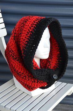 Large Hooded Cowl pattern by Joyce Overheul Crochet Hooded Scarf, Knit Or Crochet, Crochet Scarves, Crochet Shawl, Crochet Clothes, Learn To Crochet, Crochet Things, Yarn Projects, Crochet Projects