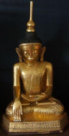 18th - 19th Century Burmese Shan Hollow Lacquer Buddha Statue Height: 132cm - Width: 64cm Depth: 57cm