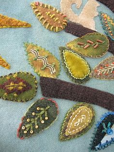 Embroidery Travel Journal (what about a nature journal from taking outings?Project taught by Sue Spargo @ MISA on Madeline Island WI Fabric Art, Fabric Crafts, Sewing Crafts, Wool Embroidery, Embroidery Stitches, Embroidery Ideas, Embroidered Leaves, Art Textile, Felt Applique