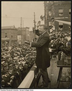 Sept 9 - President Roosevelt addressing the public in Asheville * President Roosevelt, Theodore Roosevelt, Harvard College, College Library, Rough Riders, American War, Asheville, Presidents, Spanish