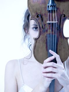 Woman with violin - Markus Lamprecht --- the crazy one in the violin family.