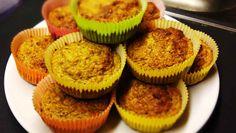 Die Paleo Frühstücks Muffins sind einfach nur lecker ➤ Mit Banane und Apfel haben sie eine fruchtige Note und sind ein perfektes schnelles Frühstück.